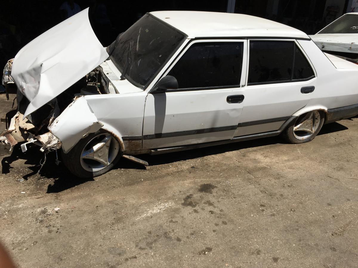 Hermarka hasarlı kazalı araçlar alınır Yaşar oto